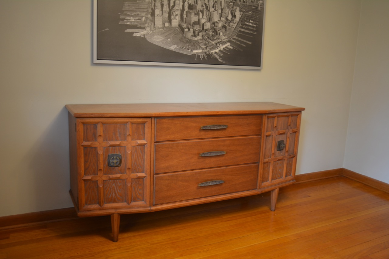 New Heritage Perennian Dining Room Buffet